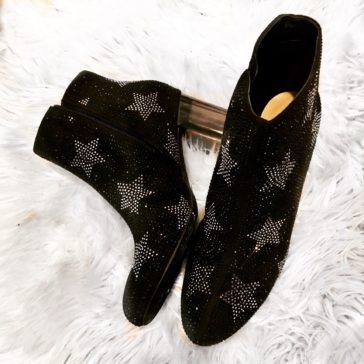 {Five Fab} Glammed Up Booties To Rock This Holiday Season