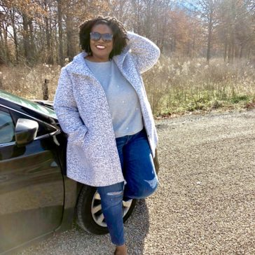{Fashion} Traveling in Chic Comfort #ad